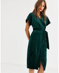 Closet Wrap Tie Velvet Midi Dress In Emerald Green