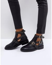 Truffle Collection - Stud Buckle Boot - Lyst