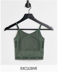 PUMA - Зеленый Бесшовный Спортивный Бюстгальтер Training – Эксклюзивно Для Asos-зеленый Цвет - Lyst