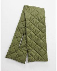 Vero Moda – Gesteppter Schal - Grün
