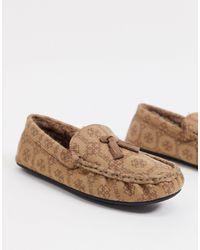 ASOS Mocassin-pantoffels Van Imitatiesuède Met Monogramprint - Naturel