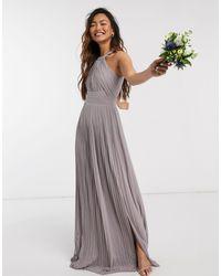 TFNC London Эксклюзивное Серое Платье Макси Для Подружки Невесты С Плиссировкой -серый