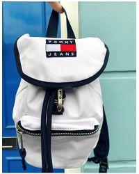 Tommy Hilfiger Классический Белый Рюкзак С Клапаном И Логотипом
