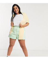 ASOS ASOS DESIGN Curve - Short trapèze en jean à carreaux vichy - Vert