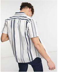 Hollister Camisa blanca entallada a rayas - Blanco