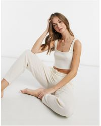 Chelsea Peers Crop top confort en polyester recyclé côtelé - beige - Multicolore