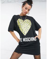 Love Moschino Robe t-shirt à cœur léopard - Noir