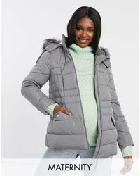 New Look – Wattierte Jacke mit Kapuze aus Kunstpelz - Schwarz