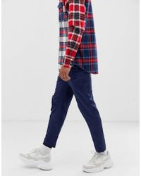 ASOS Pantalones de vestir de corte capri ajustado en satén azul marino con ribetes