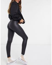 Pieces Shiny Leather Look leggings - Black