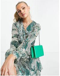 Girl In Mind Vestido corto con y mangas - Verde