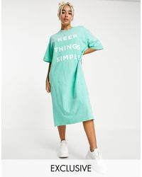 Native Youth Very Oversized Midi T-shirt Dress With Simple Print - Green