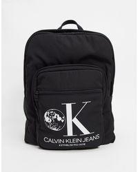 CALVIN KLEIN JEANS EST. 1978 Calvin Klein Jeans – Established 1978 – Rucksack mit Grafik - Schwarz