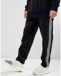 adidas Originals - Adicolor Velour Joggers In Tapered Fit In Black Cy3544 - Lyst