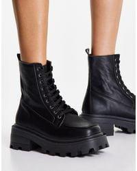 TOPSHOP Kayla Chunky Lace Up Boot - Black