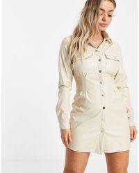 Missguided Robe chemise plissée en PU - Neutre