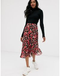 Stradivarius Asymmetric Skirt With Frill In Floral Print - Black