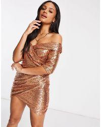 Club L London Vestido corto en color con escote bardot y falda cruzada - Metálico