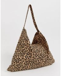 44f2cd76872a4 Love Moschino Patent Leopard Tote in Brown - Lyst