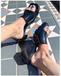 Bershka Sandales à talon mi-haut en plastique souple - Noir