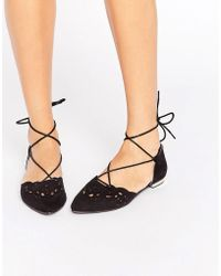 Glamorous Cut Out Tie Up Point Flat Shoes - Black