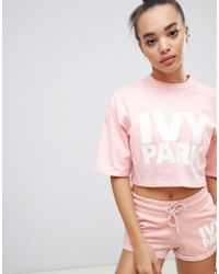 Ivy Park Crop T-shirt Met Logo - Roze