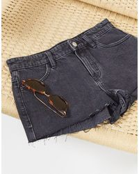 TOPSHOP Low Rise Denim Shorts - Black