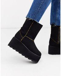 YRU Y-r-u - Flat Plateau Boot - Black