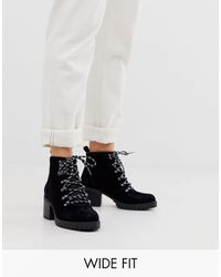 New Look Heeled Hiker Boots - Black