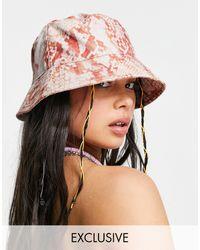 Reclaimed (vintage) Inspired - cappello da pescatore con stampa pitonata - Rosa