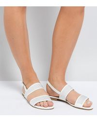 Truffle Collection - Wide Fit Studded Flat Sandal - Lyst