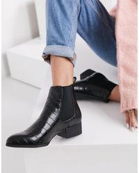 Monki Ofelia Vegan Leather Chelsea Boots - Black