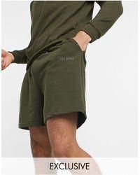 Sixth June In esclusiva per ASOS - - Essential - Pantaloncini kaki - Verde