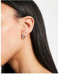 Orelia Chunky huggie Hoop Earrings - Metallic