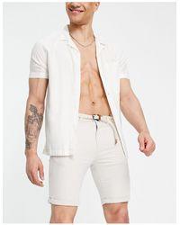 Tom Tailor Shorts chinos color claro con cinturón - Blanco