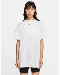 Nike Robe t-shirt oversize avec petit logo - Blanc