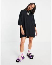 Skinnydip London Daisy Oversized T-shirt Dress - Black