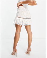Love Triangle Lace Mini Skirt With Flounce - White