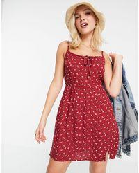 Hollister Красное Платье На Бретелях С Цветочным Принтом -красный
