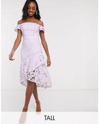 Chi Chi London - Лавандовое Кружевное Платье Миди С Открытыми Плечами -фиолетовый - Lyst