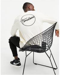 Threadbare Top a maniche lunghe con logo colore bianco sporco