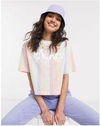 Nike Crop T-shirt Met Retrologo En Strepen - Meerkleurig