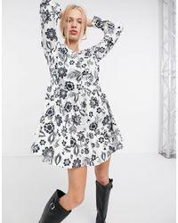 Glamorous Vestido corto blanco amplio con estampado - Multicolor