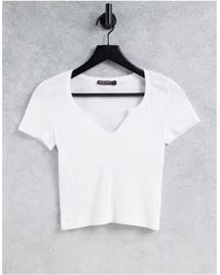 I Saw It First Basic Cotton Crop Top With Front Notch - White