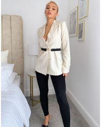 4th & Reckless Blazer color crema con cintura a contrasto - Multicolore