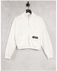 Sixth June – Kurzes Cargo-Sweatshirt mit Stehkragen - Weiß