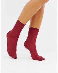 Monki - Ribbed Socks In Burgundy - Lyst