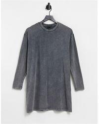 ASOS Темно-серое Платье-футболка В Стиле Oversized С Эффектом Кислотной Стирки И Длинными Рукавами - Серый