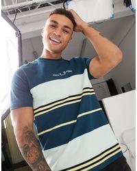 Fred Perry T-shirt à rayures et empiècement contrastant - Bleu marine