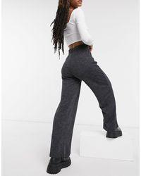 ONLY – Jerseyhose mit weitem Beinschnitt - Grau